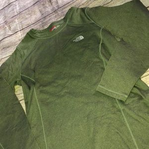 The north face long sleeve green top